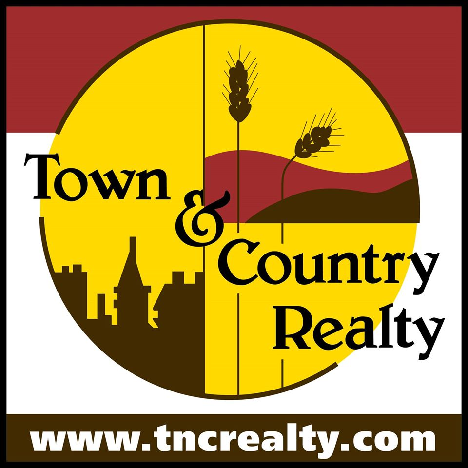 Town & Country Realty logo